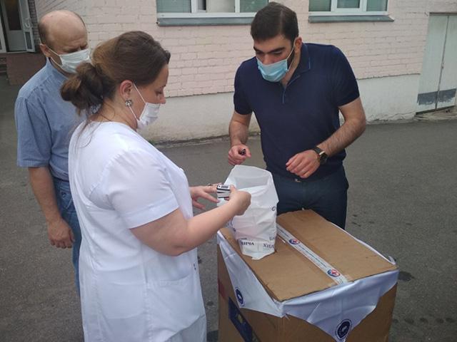 Новгород-Сіверська ЦРЛ отримала медичне обладнання для інтенсивної терапії