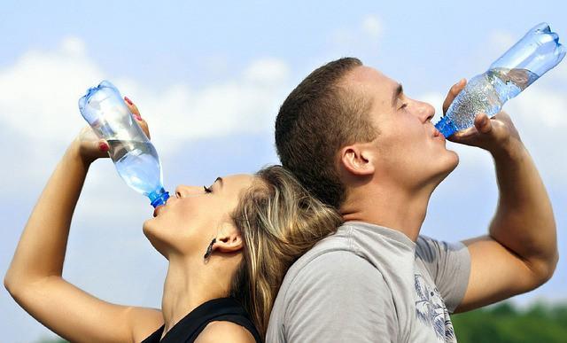 Питний режим у спеку: як не нашкодити організму?