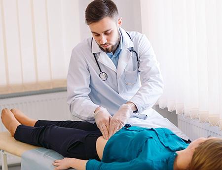 До кого слід звертатися у разі виникнення проблем із хворобами шлунково-кишкового тракту?